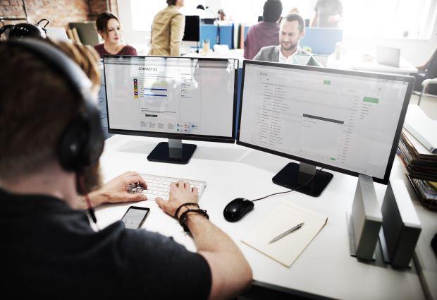 Flexible outsourced NOC solution